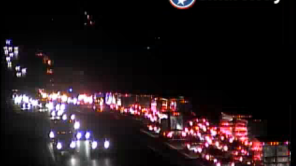 I-40 West closed in Nashville after Tennessee trooper hit by