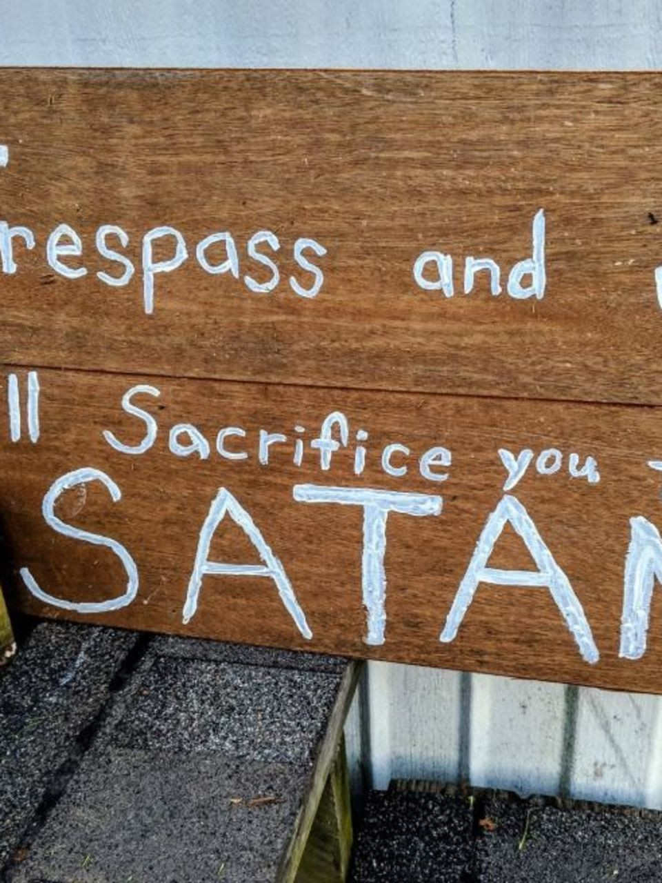 Man Escapes Failed Human Sacrifice To Santa Muerte In Tennessee Mobile Home Wztv