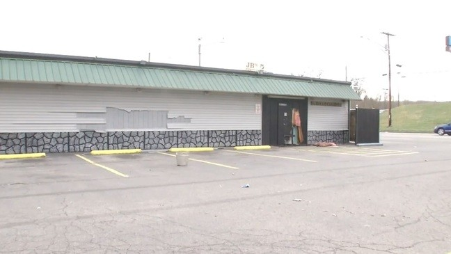 Records: Man says he set strip club on fire because tired of